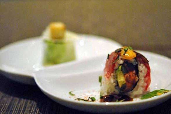 Beef & Spicy Tuna Roll